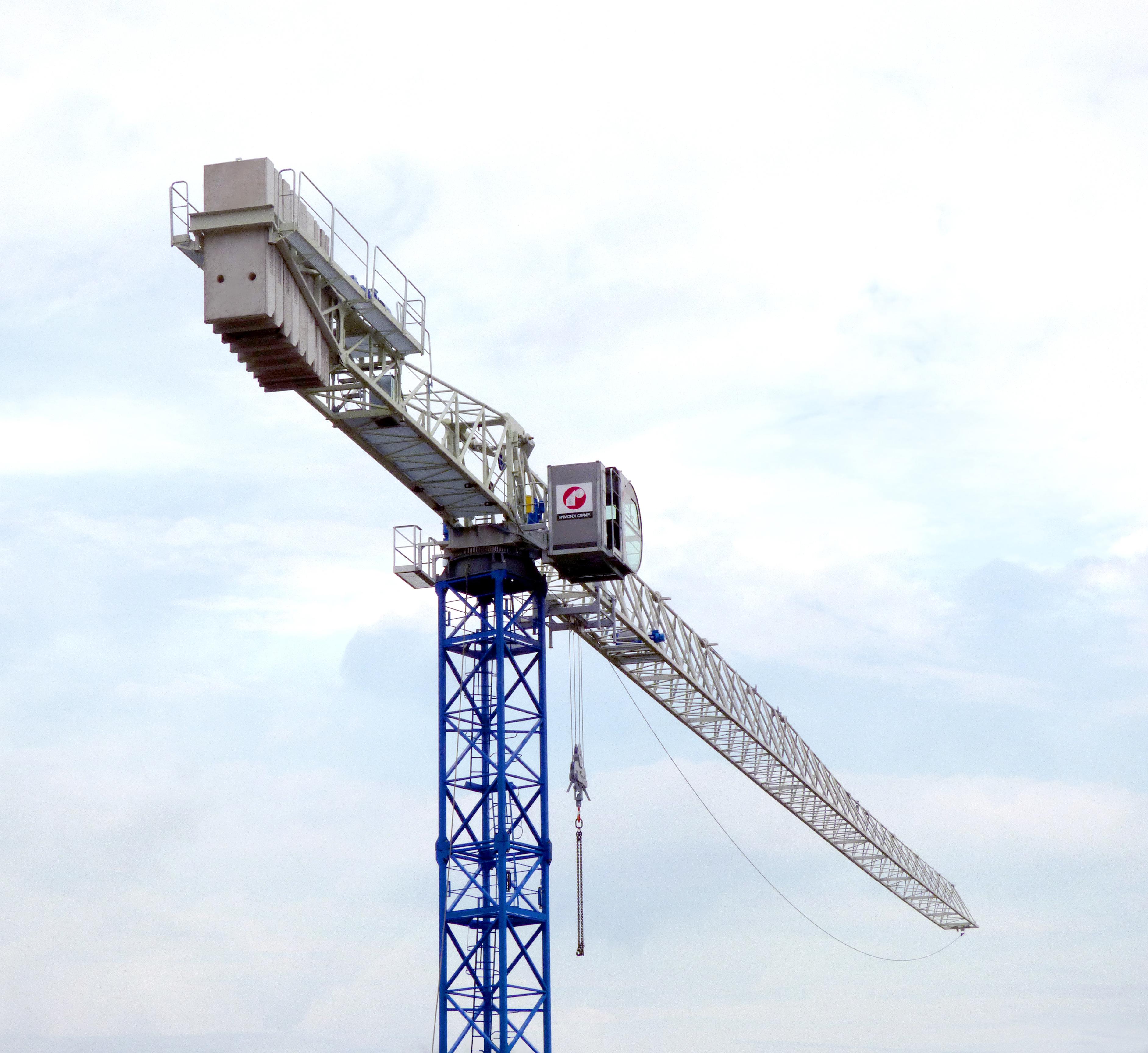 Raimondi Cranes MRT234 flattop crane